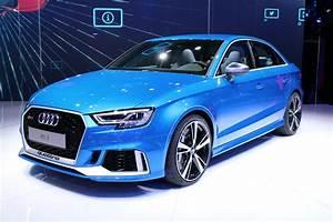 Audi Rs 3 : 2018 audi rs 3 debuts with 400 horsepower ~ Medecine-chirurgie-esthetiques.com Avis de Voitures