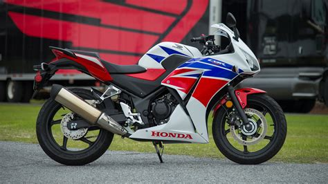 cbr bike specification 2015 honda cbr300r review specs pictures videos