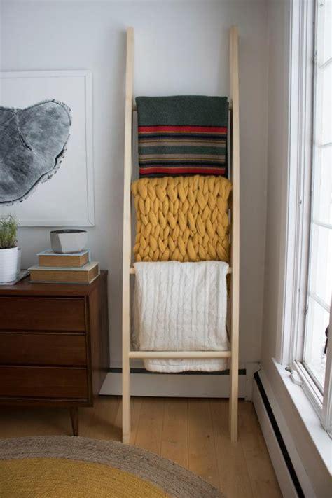 build  wooden blanket ladder diy