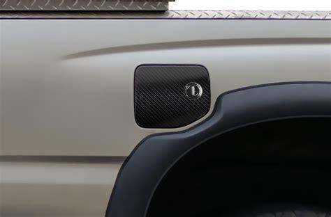 toyota tacoma vinyl emblem graphics  gas cap