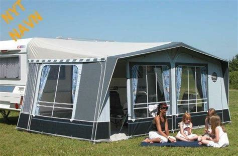 Isabella Commodore Classic 900cm, 3m Deep Awning.
