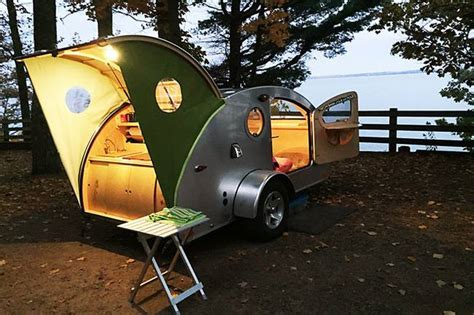 Vistabule teardrop trailers go off grid with Sunflare