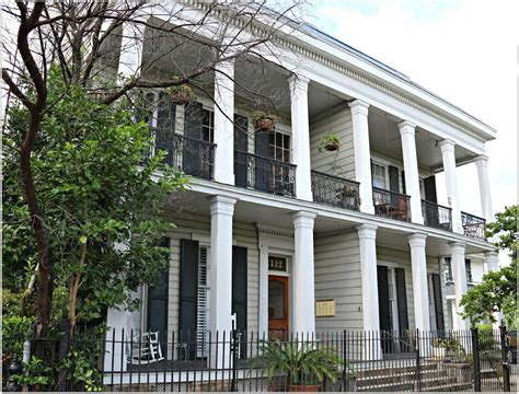 st catherine condos in the lower garden district at 1122