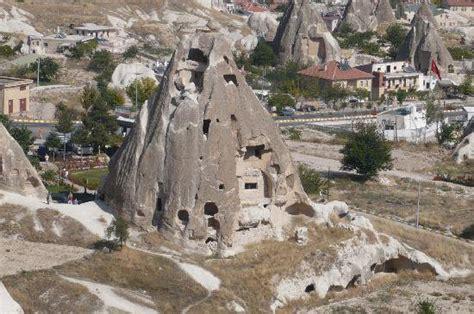 chambre habitant derinkuyu la ville souterraine mystérieuse archéologie