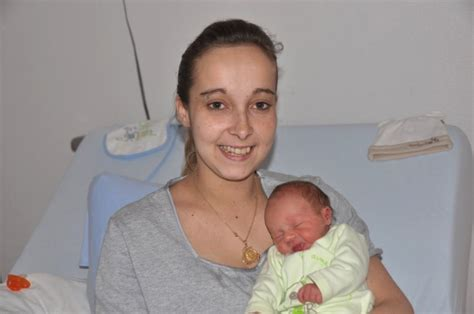35 sa bebe bouge beaucoup 28 images le cinqui 232 me mois de grossesse 5 mois de grossesse l