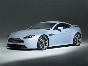 Aston Martin V12 Vanquish : aston martin v12 vantage black carbon special edition ~ Medecine-chirurgie-esthetiques.com Avis de Voitures