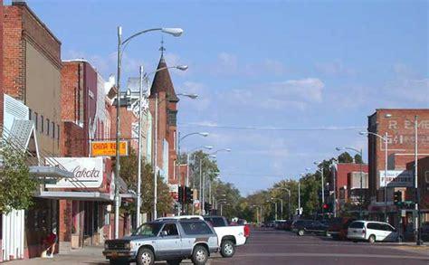 File:Dowtown Lexington, Nebraska.jpg - Wikimedia Commons