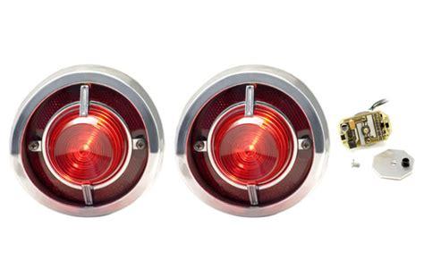 closer look dakota digital led taillights for classic