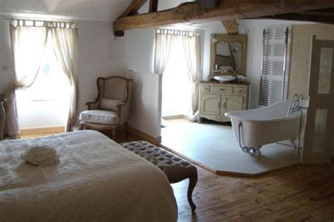 hotel luxe dans la chambre pour ou contre la salle de bain ouverte sur la chambre