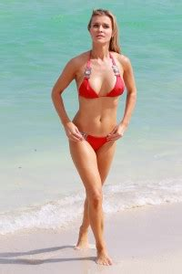 casey labow swimsuit carreck celebrity pictures 187 2013