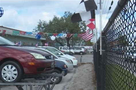fort myers city council targets crowded  car lots