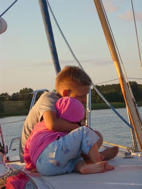 Auf Dem Boot by Kostenlose Foto Meer Sonnenuntergang Boot See Junge