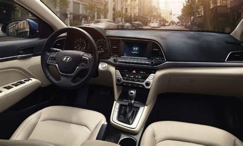 Rated 4.2 out of 5 stars. Hyundai Elantra 2017 ya en México, precios y versiones ...