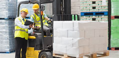 Differences Between A Counterbalance Forklift And Reach