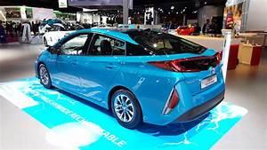 Prius Hybride Rechargeable : toyota prius phev l hybride rechargeable se branche paris ~ Medecine-chirurgie-esthetiques.com Avis de Voitures