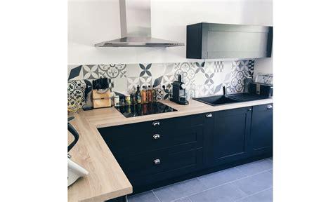 cr馘ence pour cuisine poser une credence de cuisine 28 images fiche conseil pour le montage d une cr 233