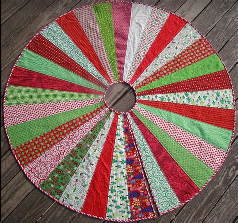 giant christmas tree skirt quilt pattern favequiltscom