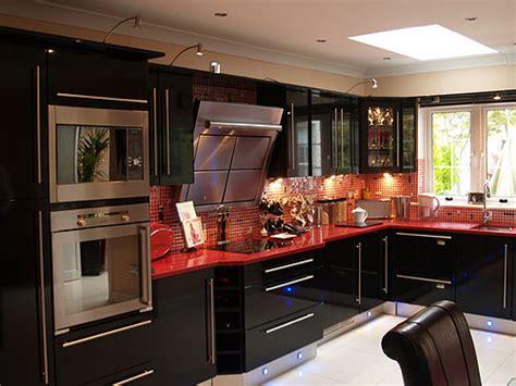 cl high gloss black bydesign kitchens  bedrooms
