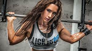 Ladies  Make 2016 The Year Of Muscle