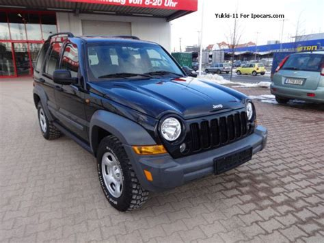 jeep cherokee sport 2005 2005 jeep cherokee 2 8 crd sport 6 g tkm only 103 off