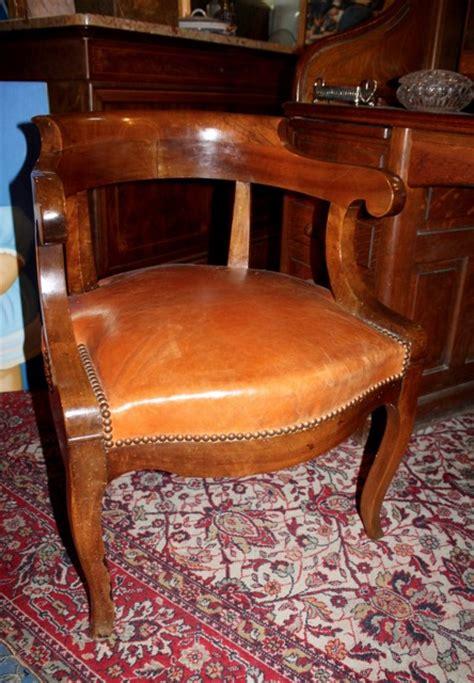 bureau de placement restauration fauteuil de bureau epoque restauration puces d 39 oc