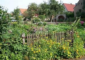 Gartengestaltung Bauerngarten Bilder : gestaltung eines bauerngartens buchsbaumhecken und rosenkugeln usw ~ Markanthonyermac.com Haus und Dekorationen