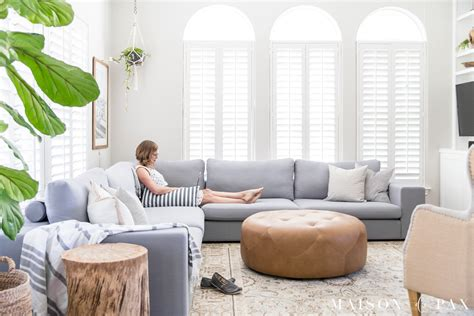 Decorating Ideas For Living Rooms With Sectionals by Designing A Small Living Room With A Large Sectional