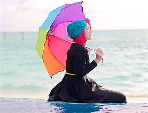 model baju pantai wanita muslimah terbaru  model