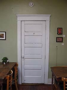 Craftsman-door-trim-molding-historic-home