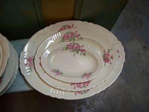 Vaisselle En Porcelaine : antiquit s ~ Teatrodelosmanantiales.com Idées de Décoration