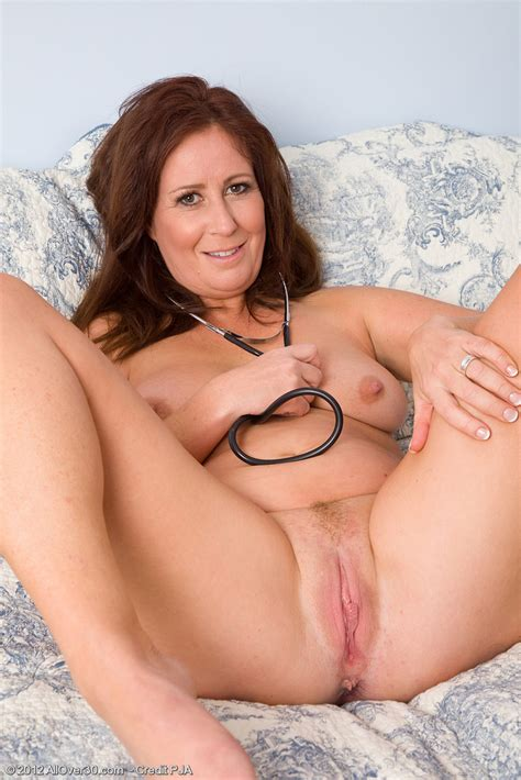 Wifey Carol Foxwell Plays As The Naughty Doctor Milf Fox