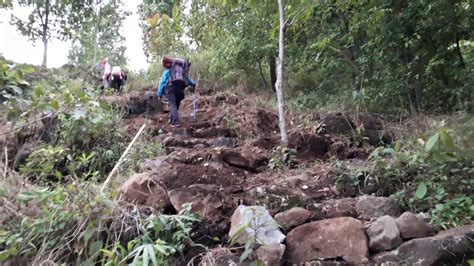 wisata bukit semar majalengka tempat wisata indonesia