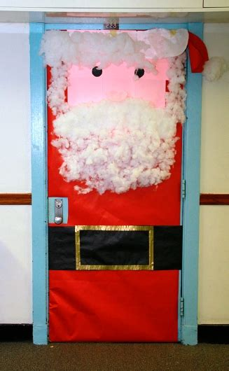 christmas door decorations dec   jesuit high