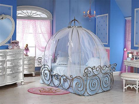 Adorable Cinderella Inspired Colorful Girls Bedroom With