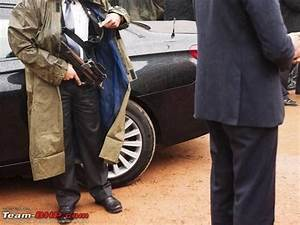 While protecting PM Modi's car, there are four people ...