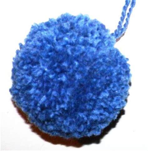faire un pompon en faire un pompon en bricolage enfant loisirs cr 233 atifs