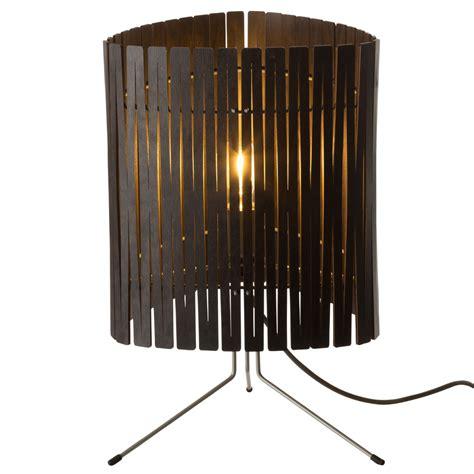 le 224 poser contemporaine en bois kerflight disponible en plusieurs couleurs