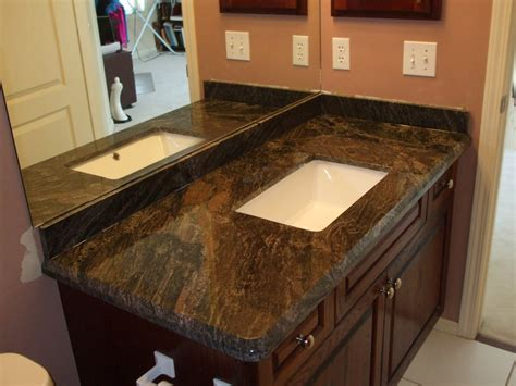 Granite Counter Tops for Beautiful Kitchen Island in