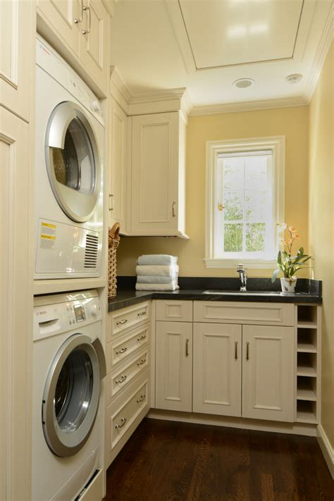 15 Tips To Creating A Laundry Room That's Both Charming