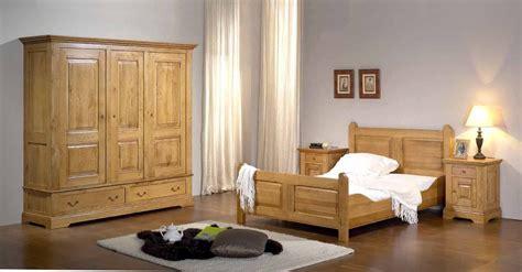 le chambre à coucher les placards de chambre a coucher trendy terrasse bois