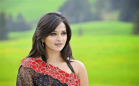 Check out nikita bisht hd photos, portfolio, event details, profile info and more. Download South Heroine Wallpaper Download Gallery