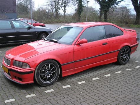 bmw 318 coupe pictures bmw e36 bmw e36 coupe