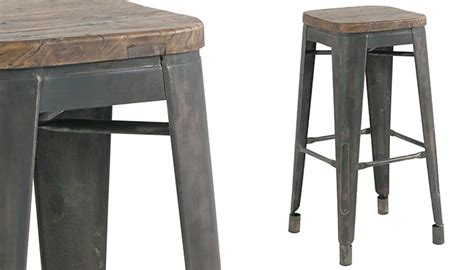 vieux bureau en bois tabouret de bar en vieux pin recyclé