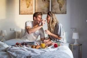 160 Bett Zu Zweit : fr hst ck im bett mit ideen und tipps beste anleitung ~ Sanjose-hotels-ca.com Haus und Dekorationen