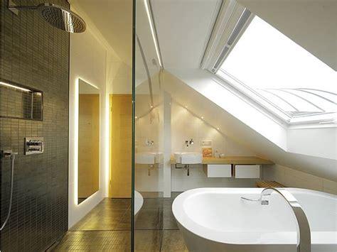 Das Badezimmer Unterm Dach Individuelle Loesungen by Dachbad Prestle 02 Bauen De