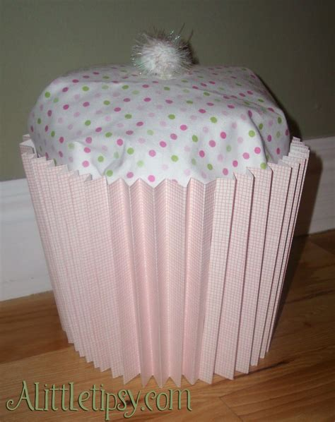 baby shower wrapping ideas baby shower cupcake gift a tipsy