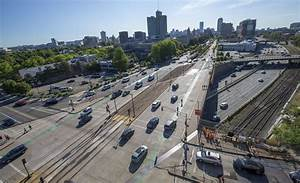 New Tracks Along Comm. Ave. Will Allow B Line Trains To ...