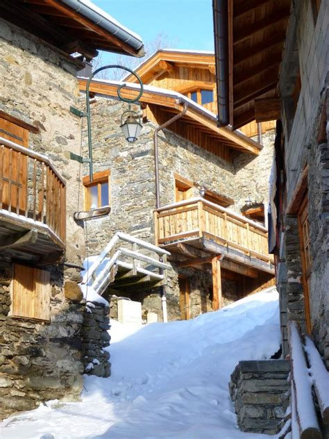 house chalet in martin de belleville les 3 vall 233 es courchevel m 233 ribel les