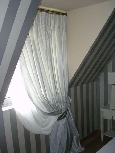 modele de rideau pour fenetre la mansarde mod 232 le d 233 pos 233 rideau pour fen 234 tre de toit made in craftsman other metro