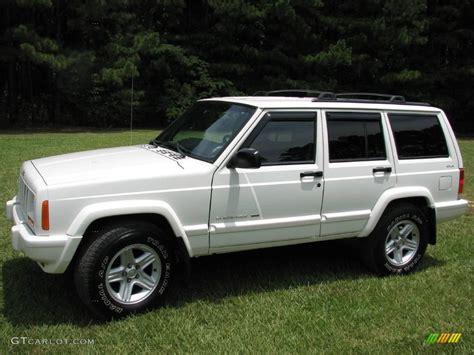 white jeep 2001 stone white jeep cherokee classic 4x4 13309070